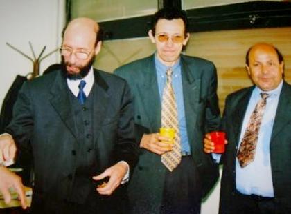 صورة مع الإعلامي الكبير عمار بلحيمر والأستاذ سعد بوعقبة يوم صدور العدد (100) من الشروق اليومي