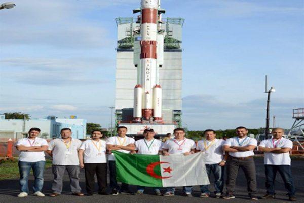 شاهد: الجزائر تطلق 3 أقمار اصطناعية بنجاح من الهند
