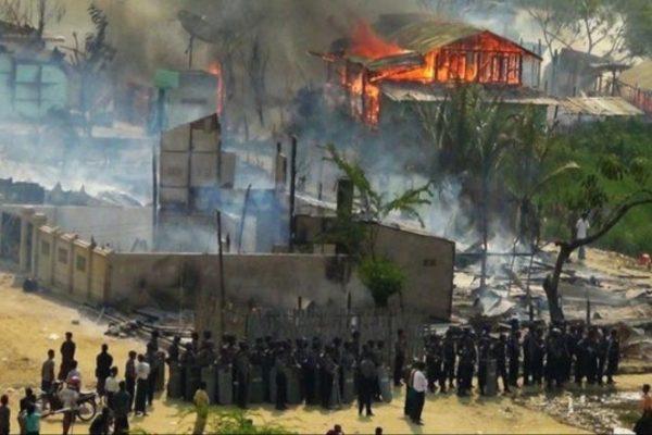 الإبادة مستمرة.. حرق 430 مسكنا للمسلمين بيانمار!