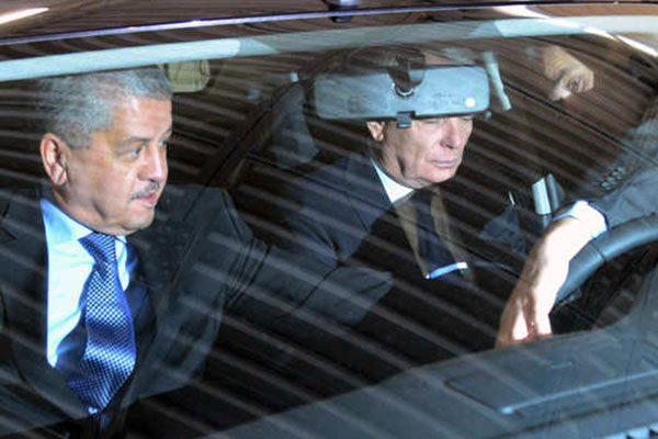 """كيف سرقت """"عصابة بطاطا"""" سيارة الوزير الأول!؟"""