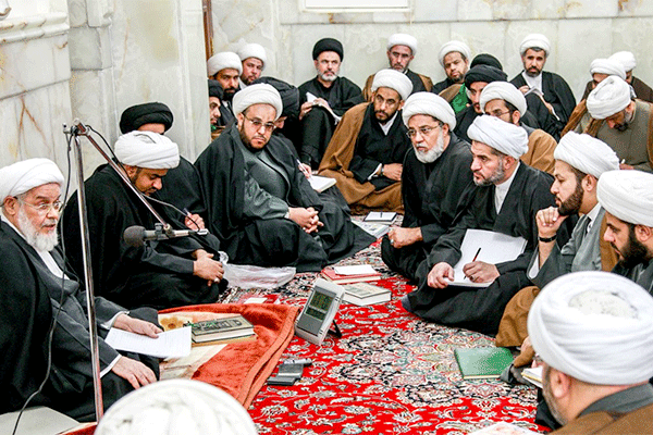 الشيعة.. بلاء الأمة