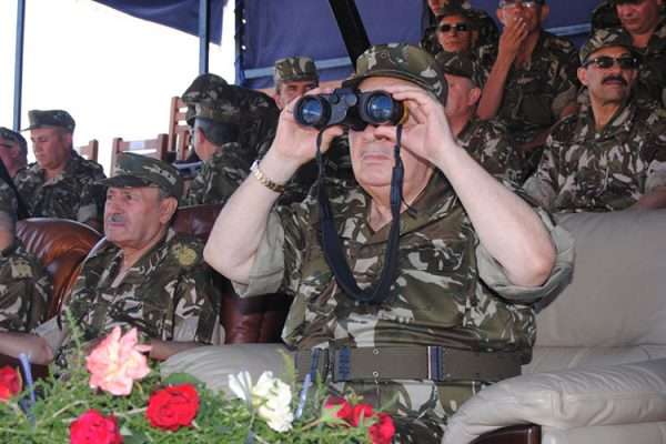 جيش الجزائر يشكو فرنسا إلى الأمم المتحدة