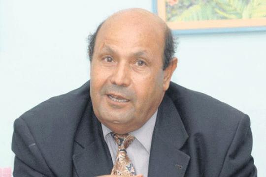 """لماذا اختفى عمود """"سعد بوعقبة"""" من جريدة """"الخبر""""؟!"""