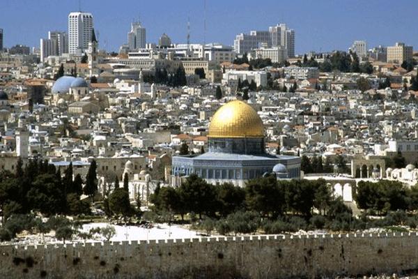 القدس: من هنا يأتي النصر أو تأتي الهزيمة