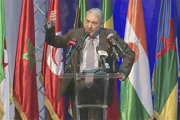 بن فليس الذي افترى عليه الإعلام الجزائري