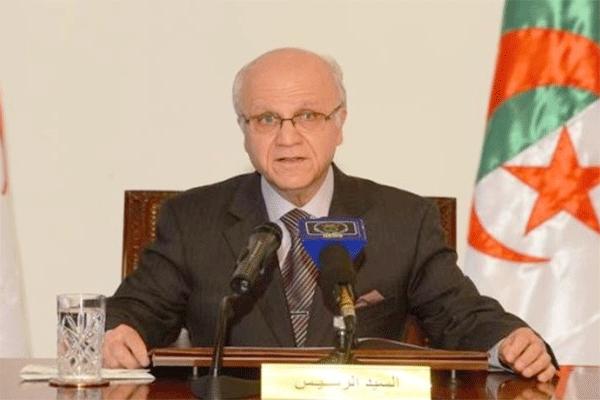 مدلسي يرفض استقلالية المجلس الدستوري