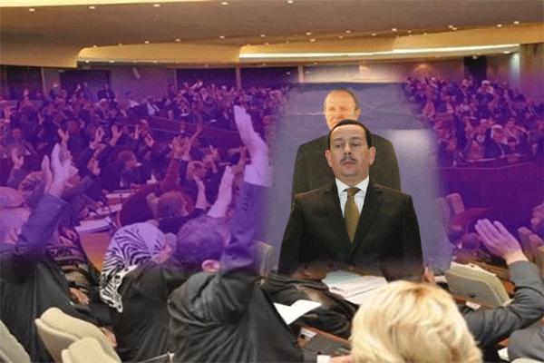 ساحلي يورط المعارضة