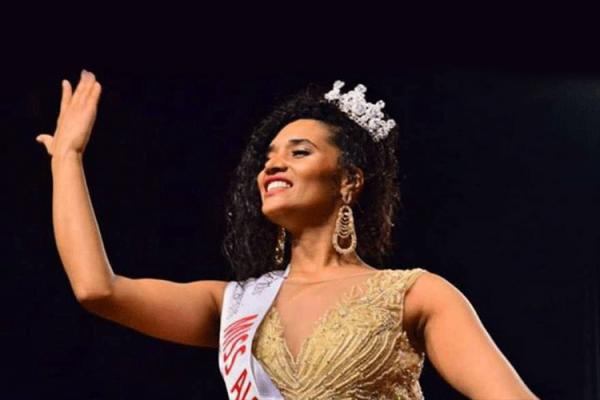 ملكة جمال الجزائر تكشف صراعات الهوية ونكران الذات