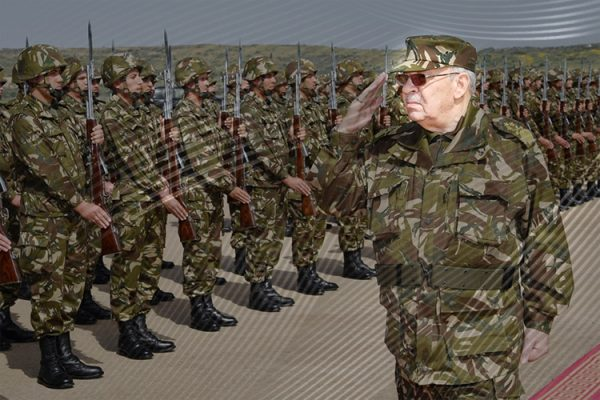 الجيش الجزائري متمسك بسياسة ضبط النفس
