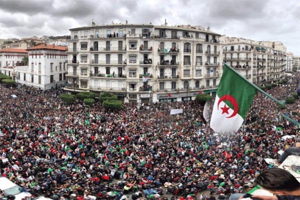 اللحمة الوطنية حجر الأساس لإخراج الجزائر من النفق