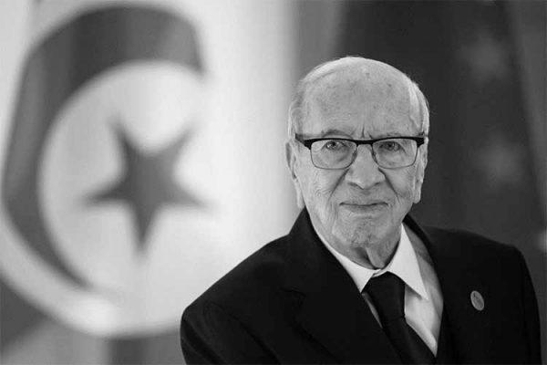 رحيلُ الرئيس التونسي.. حزنٌ وأملٌ