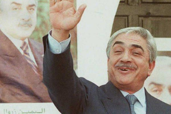 """مُكالمة زروال-تبون تُحدث """"صخبا كبيرا"""" بين الجزائريين"""