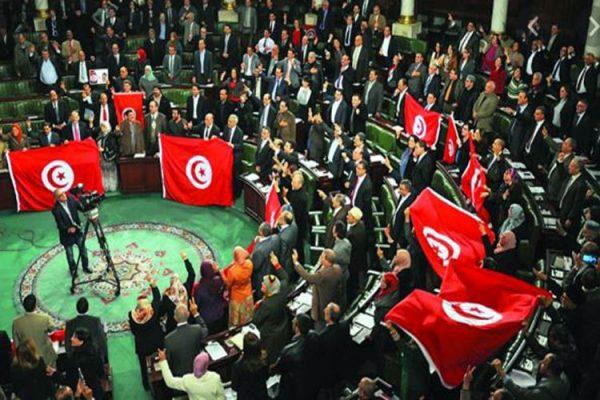 فشِل في الجزائر.. برلمان تونس يُحضّر لتجريم الاستعمار