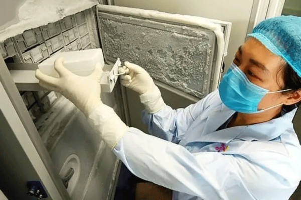 """معهد """"ووهان"""" يعترف بامتلاك فيروسات تشبه كورونا!"""