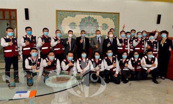 الخبراء الصينيون: فيروس كورونا المكتشَف في الجزائر مختلِف