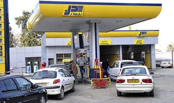 محطات البنزين تباشر تطبيق تسعيرة الوقود الجديدة