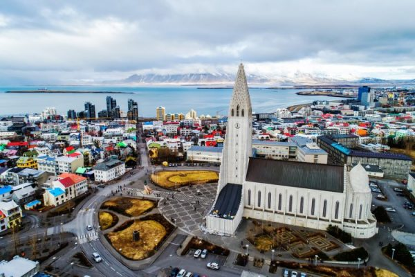 تجربة آيسلندا في محاصرة كورونا