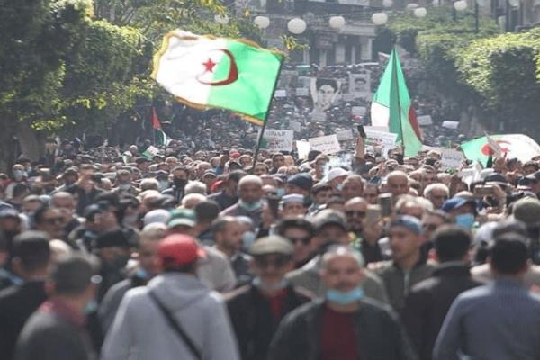 ماذا فعلت الجزائر بالحراك وماذا يفعل الحراك بالجزائر؟