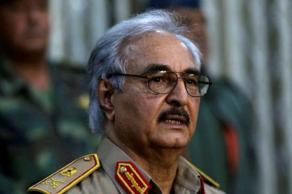 لماذا أغلق حفتر حدود ليبيا مع الجزائر؟