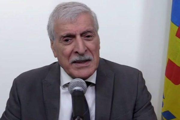 الجزائر تُصدر مذكرة توقيف دولية بحق فرحات مهني