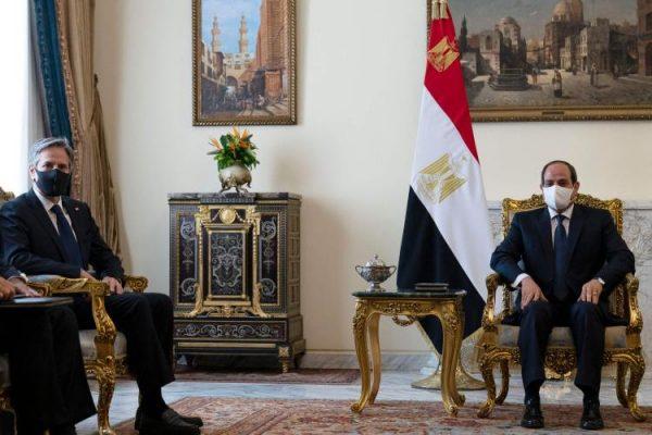 "لماذا قرر بايدن ""معاقبة"" مصر؟"