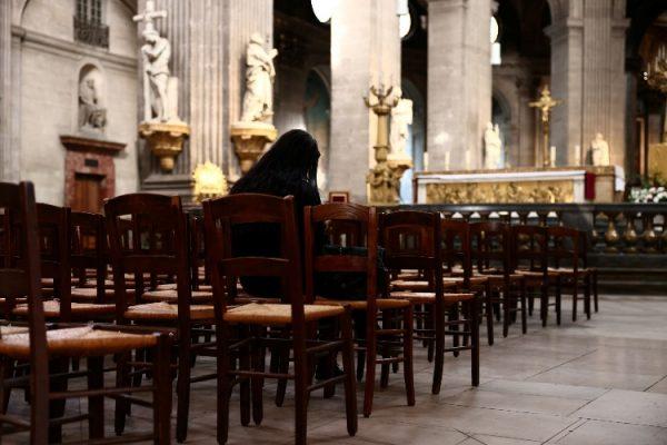 فرنسا.. فضائح جنسية تعصف بالكنيسة الكاثوليكية
