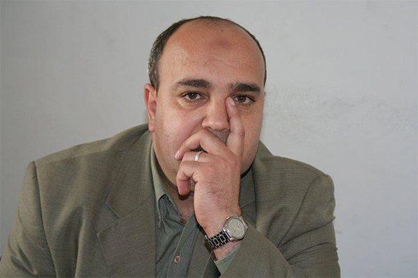 الإعلامي والبرلماني ابراهيم قار علي يجيب على اسئلتكم