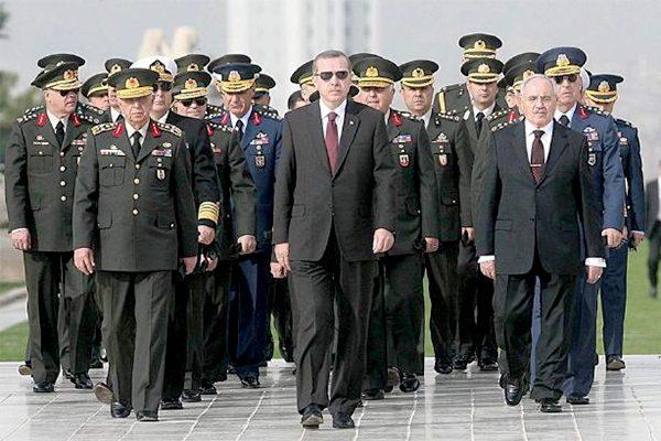 """الشعب التركي يُنقذ """"السلطان"""" أردوغان من إنقلاب عسكري"""