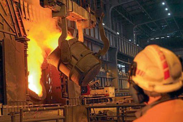 """الجزائر تستعيد السيادة على """"فخر الصناعة الثقيلة"""".. الحجّار"""