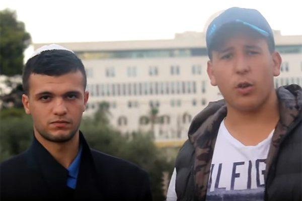 """""""الفيديو المفضوح"""" لادّعاء واشنطن كره الجزائريين لليهود!"""